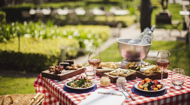 restaurant grande provence franschhoek picnic mother's day